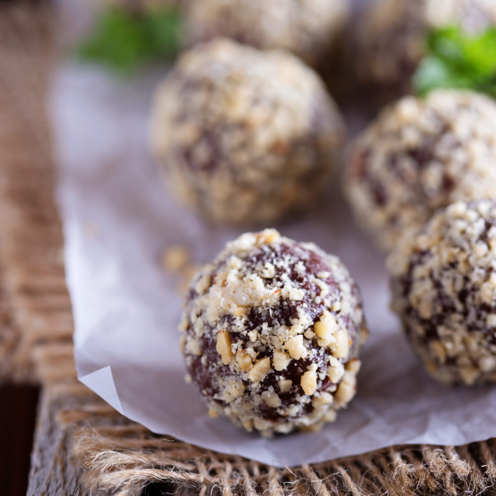 Delicious Chocolate Coconut Truffles… Made in a Vitamix :-)